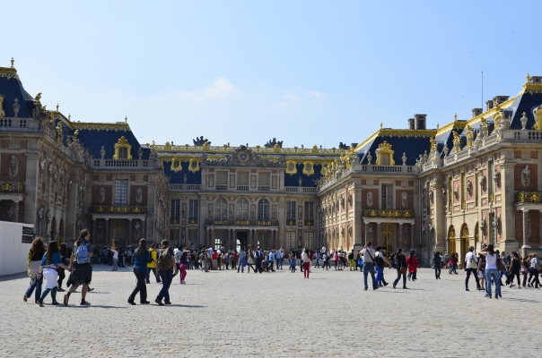 Versailles Palace from front
