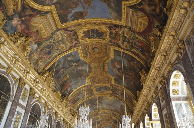 Amalgamation of grandeur and art : Hall of Mirror