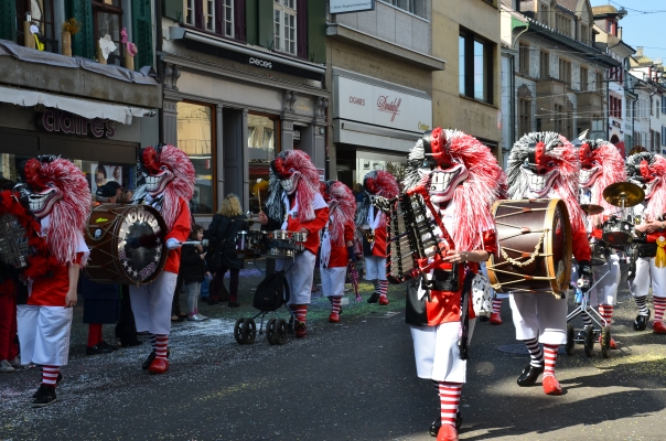 Music bands processions, costumes, masks, confetti and lots of fun